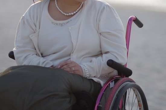 Persona disabile in carrozzina